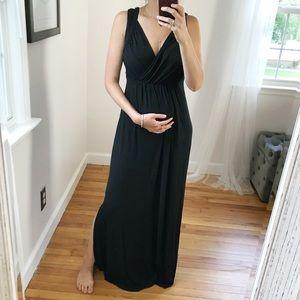 Liz Lange Maternity | nursing maxi dress black S